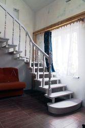 Предлагаем изготовление деревянной лестницы на заказ