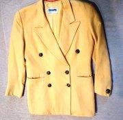 Желтый женский пиджак