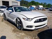 Ford Mustang белый 2017